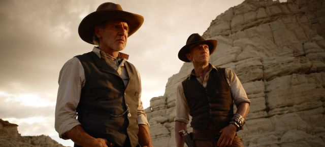 Harrison Ford and Daniel Craig in western sci-fi