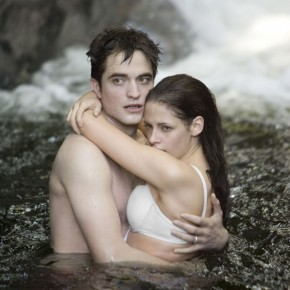 Twilight Saga Breaking Dawn Part 1, Summit Entertainment